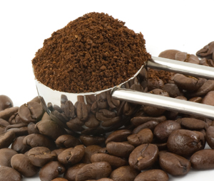 Pre-Ground Coffee vs. Whole Bean Coffee